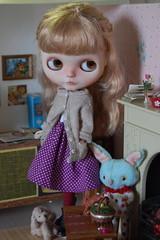 Polka Dots and Pearls (Emily1957) Tags: light roy toy toys nikon doll dolls kitlens ella naturallight pearls polkadots blythe custom pommepomme nikond40 melacacia jiajiadoll etheldress dewdropteddybears pommepommedesigns