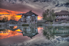 Etno selo Staniii (Niki0793) Tags: sunset lake reflection europe bosnia selo balcans etno stanisici