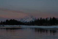 Teton Sunrise Snake River (Jeff Bernhard) Tags: sunrise wyoming tetons grandteton jacksonhole grandtetonnationalpark gtnp