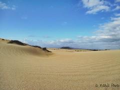 Sabbia del deserto (Elly212) Tags: vacation panorama landscape sand holidays desert fuerteventura arena espana desierto vulcan vacanze vulcano spagna deserto sabbia canarie vacationes