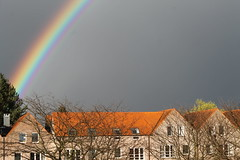 Arc en ciel Kessel-Lo_12 avril 2016_IMG_5480 (Hlne (HLB)) Tags: sky brick leuven rouge grey gris rainbow belgium belgique himmel haus grau ciel brique huis maison brabant regenbogen arcenciel vlaams kessello vlaanderen supershot ruby5