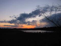 IMG_2132 (sjj62) Tags: sunset sky clouds lith s90 lakeinthehillsil