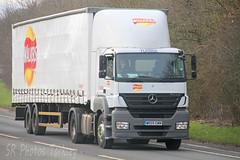 Mercedes Axor Walkers Crisps WR09 EWM (SR Photos Torksey) Tags: road truck mercedes transport lorry crisps commercial vehicle walkers freight logistics haulage hgv lgv axor