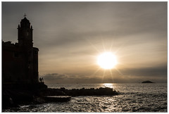 Tramonto sul mare (Mikeluk) Tags: sunset la italia tramonto mare liguria lerici spezia tellaro
