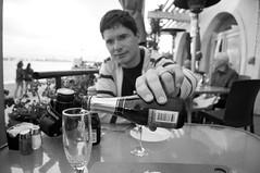 San Diego, California, USA. (RViana) Tags: california french unitedstates wine drink champagne romance romantic amerika vinho sparkling kalifornien bebida californie アメリカ romântico champanhe 美國 amérique 美国 chandon étatsunis amerikka espumante 미국 америка vereinigtestaaten yhdysvallat förentastaterna romântica אמריקה verenigdestaten statiunitidamerica קליפורניה ארצותהברית калифорния 캘리포니아 forenedestater соединенныештаты сандиего 샌디에고 イギリスの状態 סןדייגו 圣迭戈加利福尼亚州 圣迭戈加利福尼亞州 サンディエゴカリフォルニア州