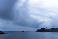 Tarde azul antes de la tormenta (Before the storm) (CarlosConde/Photography) Tags: azul gijn sony voigtlander 14 asturias playa 58mm nokton poniente ilce7m2