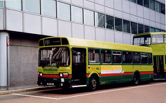 ArrivaCNS-SNB511-EPD511V-WestCroydon-050599a (Michael Wadman) Tags: croydon londoncountry leylandnational londoncountrybusservices lcbs epd511v snb511 arrivacroydonnorthsurrey