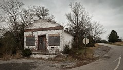 Foreboding.... (Mr. Pick) Tags: abandoned store tn tennessee country cannoncounty