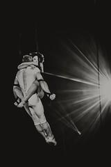 Desire of Flight (c-u-b) Tags: light couple circus availablelight passion spectacle akrobaten zirkus artisten aerialists aerialgymnastics luftakrobaten desireofflight circusfestivalmontecarlo internationaleszirkusfestivalvonmontecarlo arialstraps
