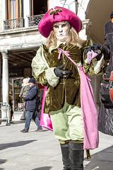 Carnaval de Venise 2015-0776 (yvesw_photographies) Tags: carnival costumes italy de italia parade carnaval venise carnevale venezia venedig carneval italie venitian masque costumi 2015 costumé vénitien