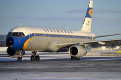 Lufthansa D-AIDV, OSL ENGM Gardermoen (Inger Bjørndal Foss) Tags: norway airbus lufthansa osl gardermoen deice a321 engm daidv
