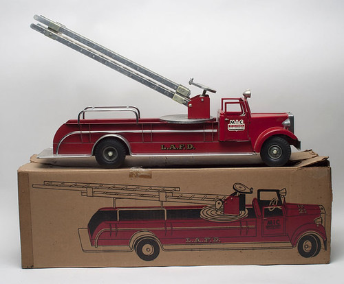 MILLER-IRONSON #537 Aerial Ladder Fire Truck w/ith /box $577.50