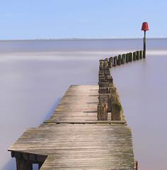 Humber view ... (Alan Burkwood) Tags: longexposure river jetty estuary groyne humber polariser leefilters bigstopper