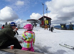 Kakao (screenpunk) Tags: mountain ski berg oslo child father kind vader skien