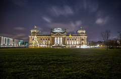 Reichstag - Weihnachtsbaum (Ferdinand Klotzky) Tags: christmas city blue winter sky cold tree berlin green night yard germany lights capital parliament reichstag shining at