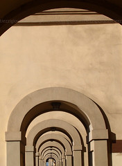Firenze: Galleria (giovanni tiezzi) Tags: florence gallery cities arches firenze architettura galleria citt archi