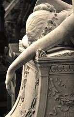 Cimitero Acattolico 2 (anche gli angeli si commuovono) (Maurizio Belisario) Tags: rome roma cemetery angel pain hand tomb mano angelo cry tomba cimitero dolore marmo pianto