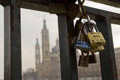 Holding Love (egisgas) Tags: love pilar amor basilica zaragoza candado candados