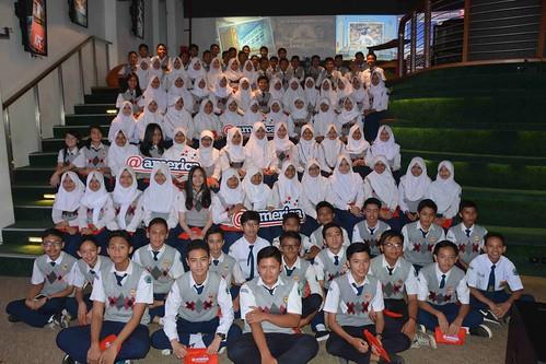 Schools@america: Syafana Islamic School & SMPN 2 Cileunyi - a photo