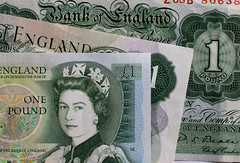 old money 01 jan 16 (Shaun the grime lover) Tags: money detail macro queen cash pound currency banknote bankofengland poundnote