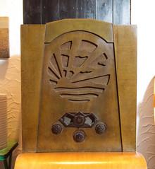 Pye Model P/AC Receiver   Sunrise   1933 (fraser donachie) Tags: nerd vintage sold wireless tuberadio valveradio bvws chairnotincluded