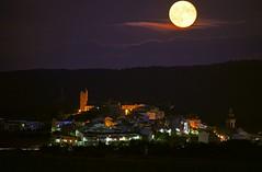 DSC_9146_02 (Toni Camacho) Tags: barcelona luna moonrise catalunya lluna plena llena arts