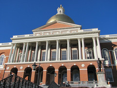 Massachusetts State House, Boston. (dckellyphoto) Tags: boston gold massachusetts dome beaconhill 2012 statehouse massachusettsstatehouse