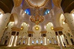 Sheikh Zayed Grand Mosque Abu Dhabi UAE (Mathias Apitz (München)) Tags: city travel holiday night nacht united urlaub uae grand palace mosque arabic emirates zayed abudhabi corniche abu dhabi emirate sheikh reise vae moschee wolkenlos nachtfotos vereinigte arabische