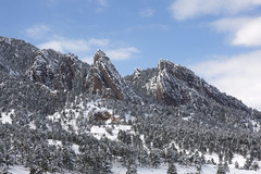The storm has passed (Jeff Mitton) Tags: snow mountains colorado boulder flatirons wondersofnature earthnaturelife bouldercountyopenspaceandmountainparks