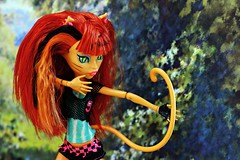 Channeling Diana (Allan Saw) Tags: red portrait green forest toy outdoors doll hunting goddess bow archery huntress werecat monsterhigh toraleisprite