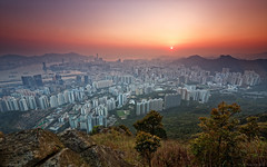 Kowloon Peak  (Eddie Yip) Tags: sunset   6d  kowloonpeak feingoshan
