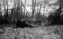 Final rest place (Tony Bokeh Larsson) Tags: bw nature water rollei vintage boat outdoor bessa retro pinhole 120film 6x9 voigtlnder 2016 wppd rpx