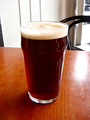 Dead Frog Coldbrew with Raspberry tea (knightbefore_99) Tags: church beer glass bar real pub cerveza sunday ale craft tasty whip local pint camra cask pivo