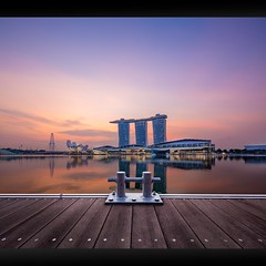 Rise by the Stub mk II (yimING_) Tags: building architecture landscape cityscape mbs jubileebridge gardensbythebay singaporeflyer marinabaysands canontse17mmf4l canon17mmtse canontse17mmf4ltiltshiftlens canoneos5ds canoneos5dsr verticalpanostitch