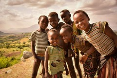 Konso Kids, Ethiopia (Rod Waddington) Tags: africa people smile rural children happy outdoor african traditional group valle tribal valley afrika omovalley ethiopia tribe ethnic afrique ethiopian omo rift ethiopie konso