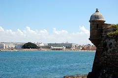 Garita Castillo de San Sebastian (antoniobraza) Tags: cadiz intramuros murallas garitas cascohistorico castillodesansebastian playacaleta barriodelavia