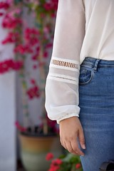 GWC_5853 (GirlWithCurves) Tags: flats curlyhair plussize highneckblouse highwaistjeans skinnyjeands taneshaawasthi