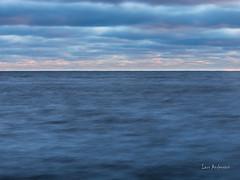 _61A4324.jpg (fotolasse) Tags: karlshamnfåglarlångaexponeringar karlshamn storm blåst vatten rågar hamn hav sjö båtar water sea birds rocks klippor