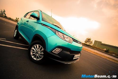 2016-Mahindra-KUV100-9