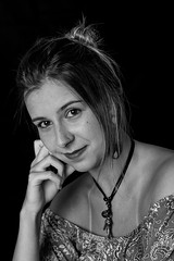 Mariana (Cadu Dias) Tags: brazil portrait people bw woman girl monochrome branco brasil female lens prime book nikon df retrato mulher 85mm pb preto bn e brazilian 85 dias ritratti cadu monocromtico feminilidade cadudias cadupdias nikondf