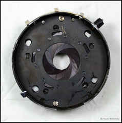 KWT Reflekta II Prontor-S (16) (Hans Kerensky) Tags: tlr body shell ii shutter mechanism removed diaphragm kwt welta reflekta prontors