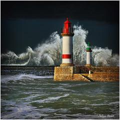 Finistère 2016 (Philippe Hernot) Tags: phare finistère 29 bretagne france tempête philippehernot kodachrome sea storm waves paisaje water lighthouse paysage marine nikond700 nikon posttraitement