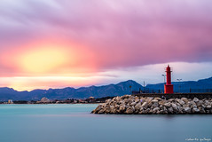 Puesta de sol en Cambrils (aldairuber) Tags: longexposure blue sunset atardecer spain mediterranean mediterraneo catalonia bluehour crepusculo goldensunset cambrils catalua mediterrneo mediterraneansea anochecer crepsculo cataluna costadorada costadaurada marmediterraneo mediterraniansea