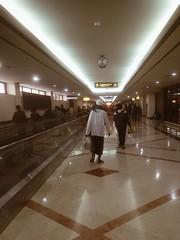 Surabaya, 2016 (Sal Mano) Tags: airport arrival surabaya juanda