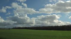 ceux qui courent (laetitiablabla) Tags: sky cloud france burgundy country ciel nuage bourgogne campagne yonne