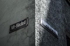 Street Signs in Frankfurt-Hchst (Fenchel & Janisch) Tags: frankfurt altstadt fachwerk hchst fachwerkhaus frankfurthchst
