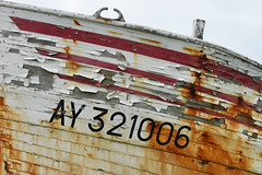 Étel - Ay Ay Ay (Drriss & Marrionn) Tags: travel france boats boat brittany ship outdoor ships bretagne shipwreck wreck drydock westerneurope boatrepair étel