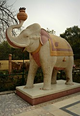 Elephant statue (Scossadream) Tags: door light woman india colour bus brick stone kids children temple kid women squirrel gallery desert fort shepherd balcony delhi indian faith swastika flock plate flamingos palace camel mausoleum dome spacemonkey worker superstition bikaner karnimata jaisalmer rajasthan jodhpur humayunstomb jamamasjid smp mehrangarh bluecity mandawa badabagh divinities svastica junagarh thardesert scossa jaswantthada indiangate d7100 worldpeacegong lucaguizzardi spacemonkeypictures nikond7100
