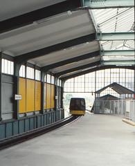 Once upon a time - Germany - West Berlin Kreuzberg (railasia) Tags: car station kreuzberg germany platform eighties infra westberlin gleisdreieck mbahn