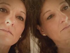 Auch der Blick in den Spiegel trügt,weil er nur eine Seite von dir zeigt.    A glance in the mirror is deceptive because it shows only one side of you (mabumarion) Tags: reflection me indoor mirrored selfie paare 52wochenfotochallenge